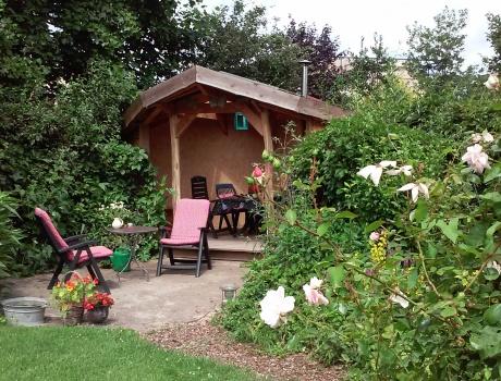 Organisch tuinhuis, ontwerp & uitvoering